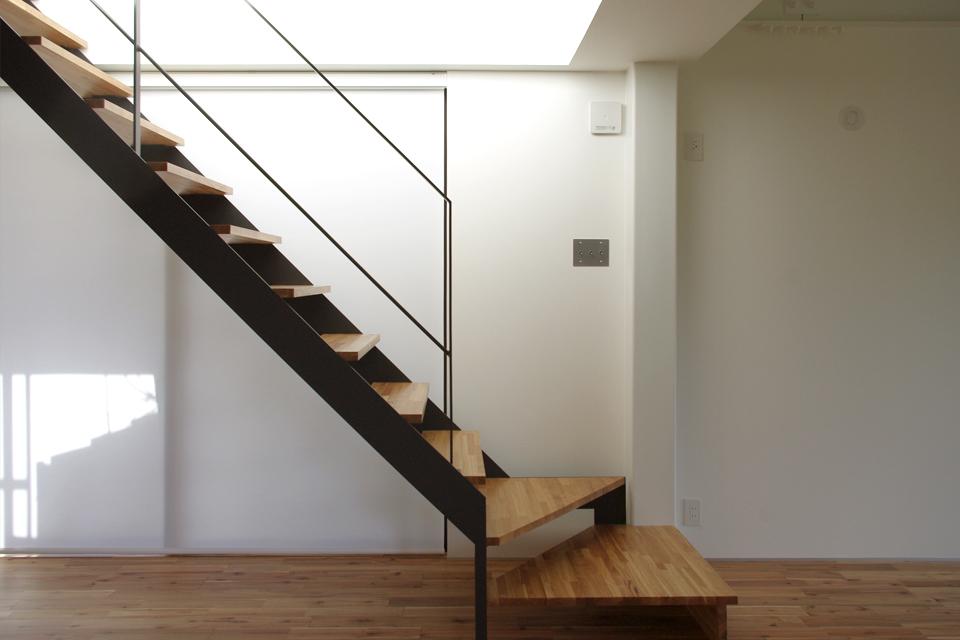 スチール階段,シンプルな黒の階段,