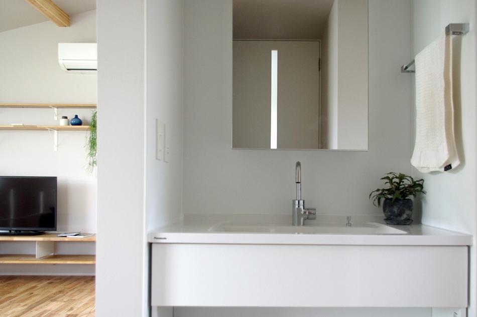 真っ白な洗面,シンプル